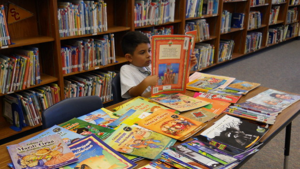 Spanish Library Grows at Willow Bend