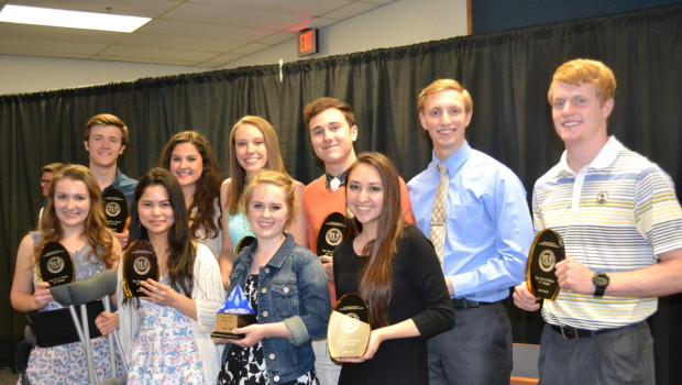 FISD Honors Top Academic Students at Annual Banquet