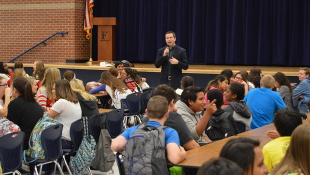Heritage Students Learn Value of Saving from Local Financial Investor