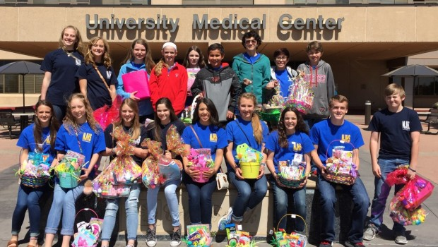 FISD Junior Honor Society Delivers Easter Baskets to Children's Hospital