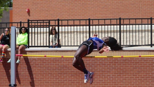 FHS Track Dash Toward Regional Meet