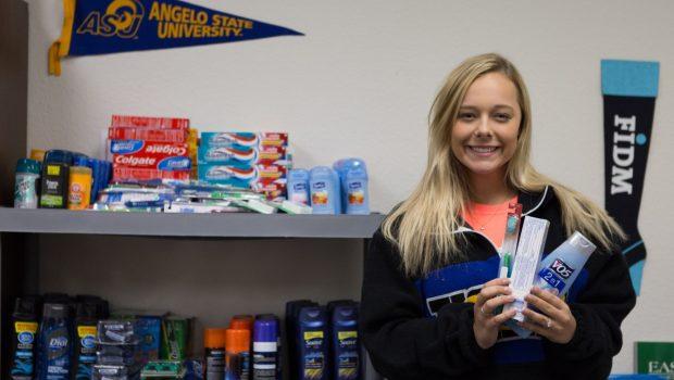 Frenship Senior Creates 'Caring Closet'