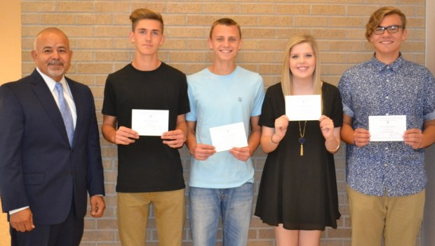 FHS Awards Students as Commended National Merit Scholarship Honorees