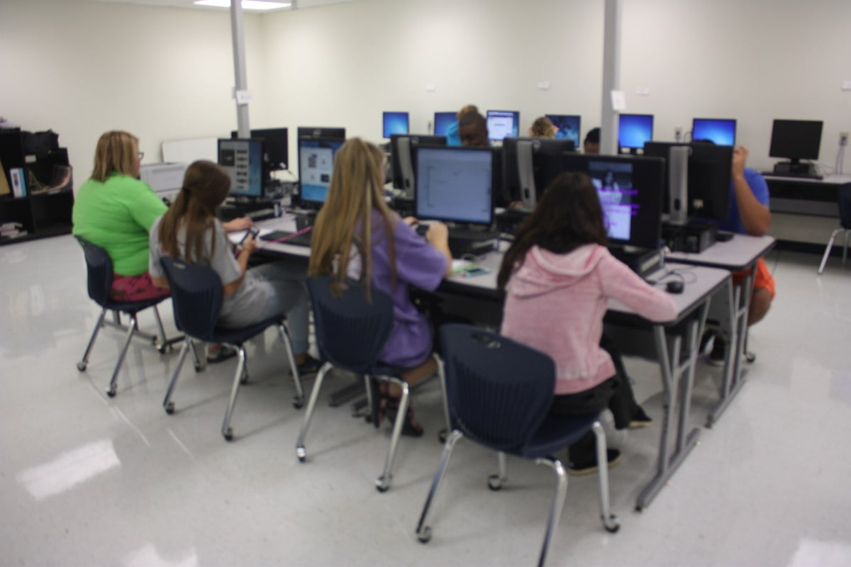 Fhs Cna Students Prepare For Certification My Wolfforth News