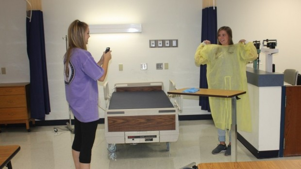 FHS CNA Students Prepare for Certification