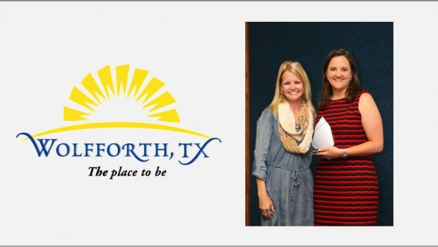 Frenship ISD Staff Member Receives Spirit of Wolfforth Award