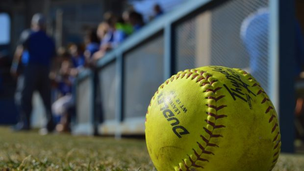 Tiger Softball Splits First Two District Games