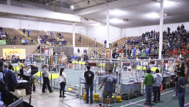 Fe Tigers Robotics Team Advances to Quarterfinals in Hub City Regionals