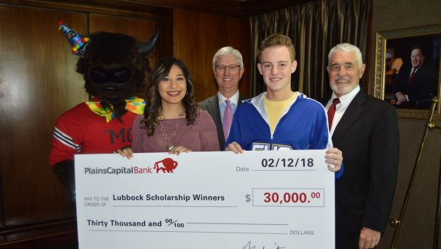 Two FHS Seniors Awarded $1,000 Scholarships