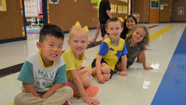 Oak Ridge Elementary Brightened with Colors of the Week