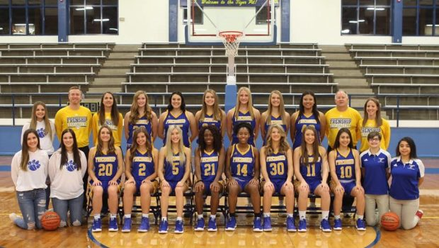 Girls Basketball Looks to Repeat Historic Season This Year
