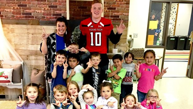 North Ridge Elementary Hosts Special Visitors