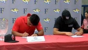 baseball students sign